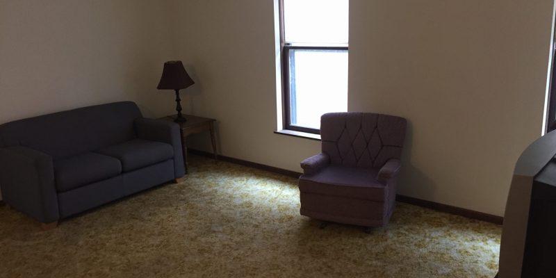 10southadamslivingroom2bedroom